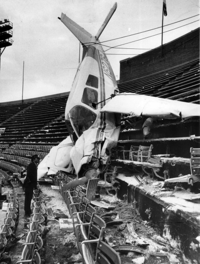 Donald Kroner buzzed the field, then crashed in the upper deck at Memorial Stadium minutes after the Pittsburgh Steelers demolished the Colts, 40-14, in a playoff game December 19, 1976. (Lloyd Pearson/Baltimore Sun)