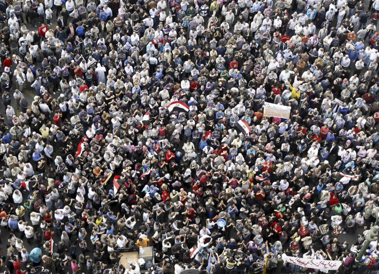 Protesters gather at Tahrir square in Cairo November 23, 2012. (Mohamed Abd El Ghany/Reuters)