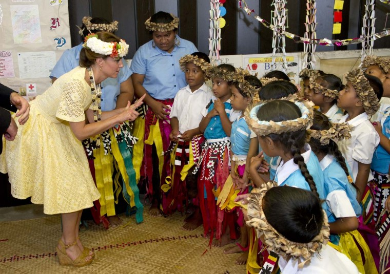 Catherine, Duchess of Cambridge visits Nauti Primary School on September 18, 2012 in Tuvalu. (Arthur Edwards - Pool/Getty Images)