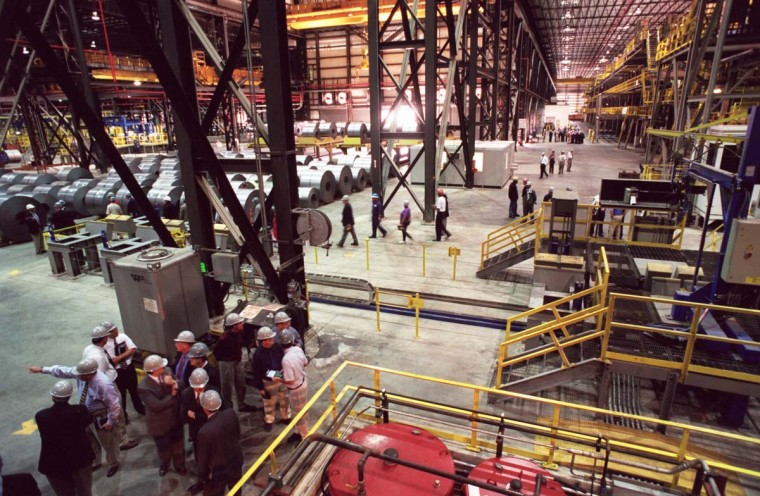 "SEPTEMBER 21, 2000: Tour groups walk through Bethlehem Steel Corporation Sparrows Point Division's new $300 million cold sheet mill. At Sparrows Point the facility is known as ""The Field of Dreams."" (Jed Kirschbaum/Baltimore Sun)"