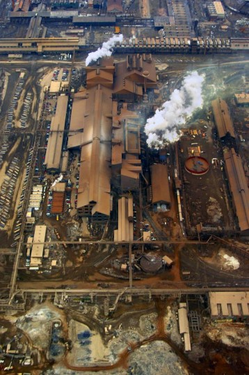 FEBRUARY 20, 2007: Mittal Steel Co. must sell its Sparrows Point mill in a ruling by the Justice Department. (Doug Kapustin/Baltimore Sun)