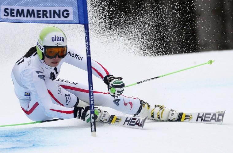 Anna Fenninger of Austria clears a gate during the first run of the World Cup Women's Giant Slalom ski race in Semmering. (Dominic Ebenbichler/Reuters)