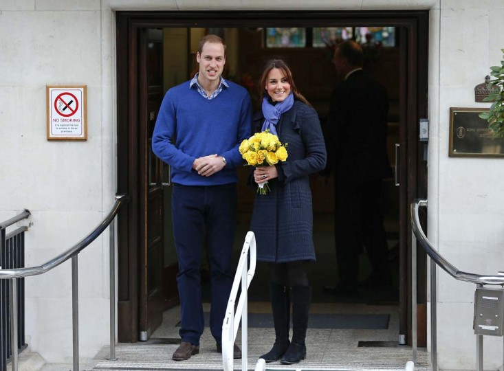 Britain's Prince William leaves the King Edward VII hospital with his wife Catherine, Duchess of Cambridge, London December 6, 2012. Prince William's pregnant wife Kate left the King Edward VII hospital in central London on Thursday where she had spent four days being treated for acute morning sickness. (Andrew Winning/Reuters)