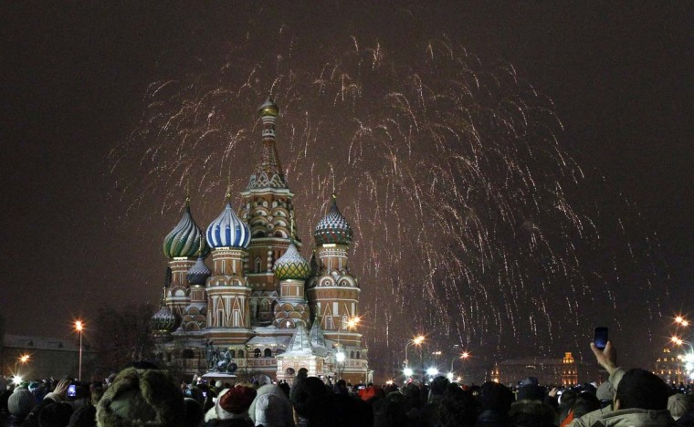Fireworks explode over St. Basil Cathedral at Red Square during New Year's Day celebrations in Moscow January 1, 2013. (Mikhail Voskresensky/Reuters)