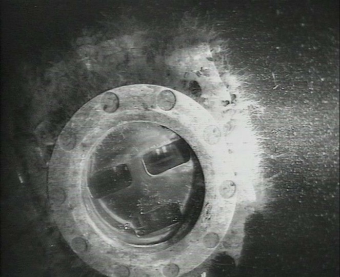 The detail of an instrument is seen in the remains of a Russian submarine on the seabed of the Baltic Sea, near the islnd of Oland, in this handout picture received by Reuters on December 17, 2012. The wreck of a Soviet submarine lost during World War II has been found, 71 years after it sank, the Swedish Military said on Monday. (Swedish Defence Forces/ Handout via Scanpix)