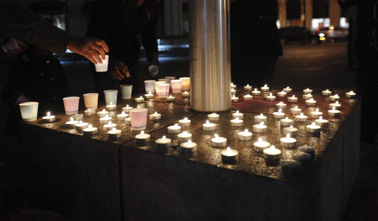 Dec. 14, 2012: Candlelight vigil in Oakland, Calif.