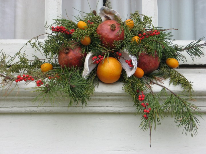 Window sill decorations will mimic the wreath on the door. (Susan Reimer/Baltimore Sun)