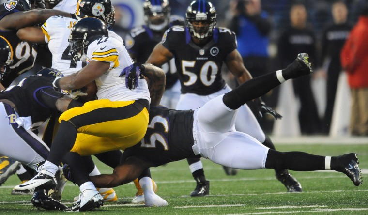 sp-p19-ravens-steelers-sweeney