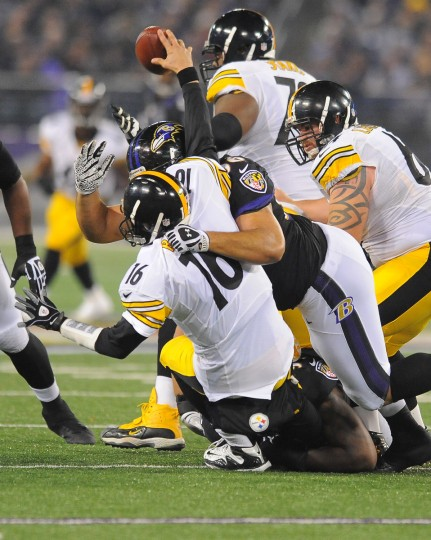 sp-p11-ravens-steelers-sweeney