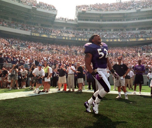 Ray Lewis takes the field and fires up Ravens fans during pre-game introductions on Sept. 10, 2000. (Lloyd Fox/Baltimore Sun Photo)