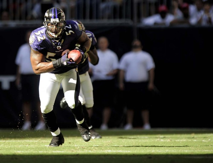 Ray Lewis returns an interception during the Ravens' 41-13 win over the Houston Texans on Nov. 9, 2008. (Karl Merton Ferron/Baltimore Sun Photo)