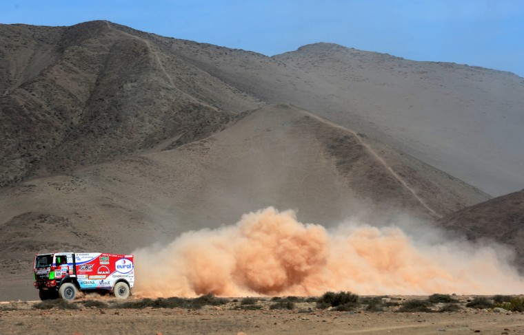 Pieter Versluis of team Man competes in stage 12 from Fiambala to Copiapo during the 2013 Dakar Rally on January 17, 2013 in Fiambala, Argentina. (Shaun Botterill/Getty Images)
