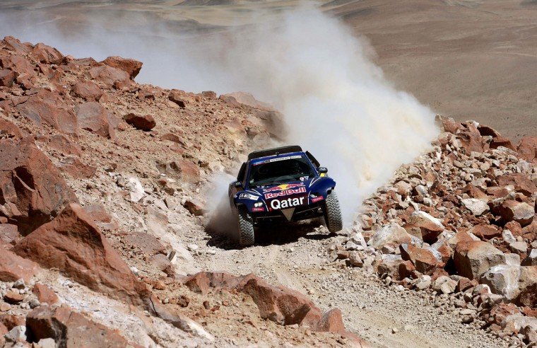 Spain's driver Carlos Sainz competes during Stage 4 of the Dakar 2013 between Nazca and Arequipa, Peru, on January 8, 2013. The rally will take place in Peru, Argentina and Chile from January 5 to 20. (Franck Fife/Getty Images)