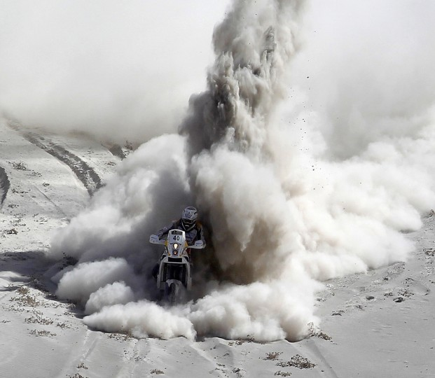 South Africa Riaan Van Niekerk competes during Stage 5 of the Dakar Rally 2013 between Arequipa and Arica, Chile, on January 9, 2013. (Frederic Le Floc'h/Getty Images)