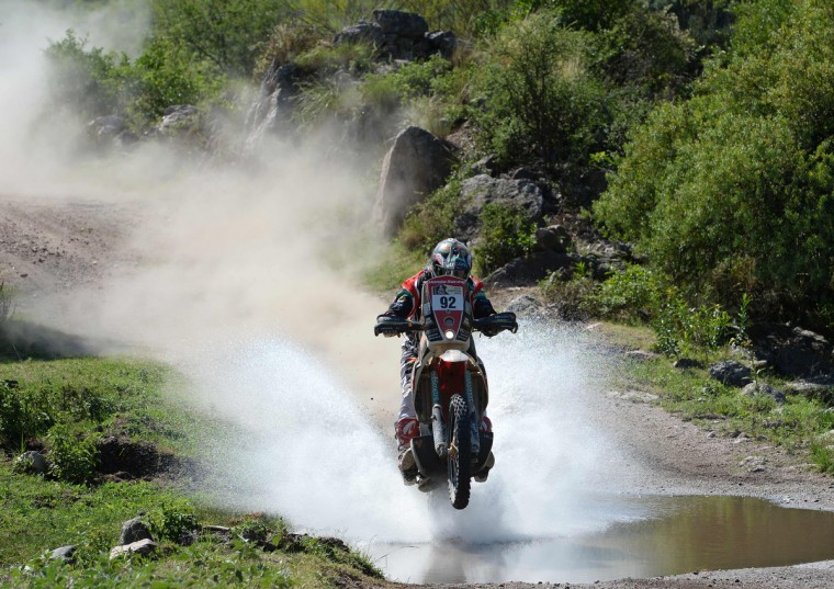 Chilia's rider Jeremias Israel Esquerre of Chile competes during the Stage 9 of the Dakar 2013 between Tucuman and Cordoba, Argentina, on January 14, 2013. (Franck Fife/Getty Images)