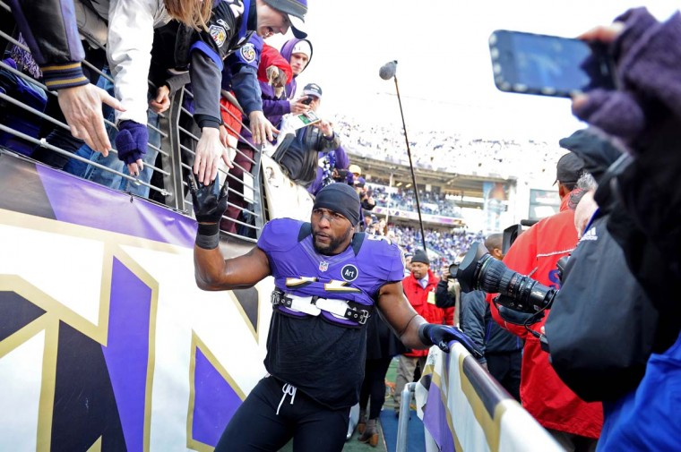 Ray Lewis #52 of the Baltimore Ravens greets fans during warm ups against the Indianapolis Colts during the AFC Wild Card Playoff Game at M&T Bank Stadium on January 6, 2013 in Baltimore, Maryland. (Patrick Smith/Getty Images)