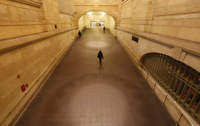 People use the ramp at Grand Central Terminal in New York, January 25, 2013. (Brendan McDermid/Reuters)