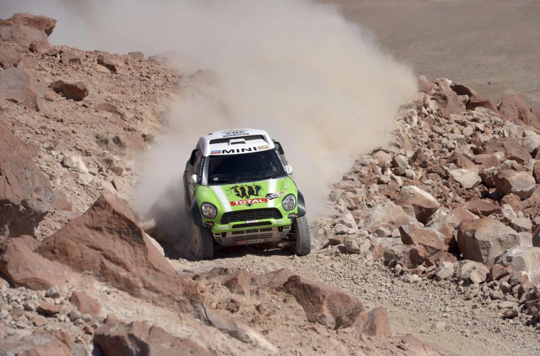 France's Stephane Peterhansel and co-pilot Jean-Paul Cottret compete with their Mini during the 4th stage of the Dakar Rally 2013 from Nazca to Arequipa, January 8, 2013. (Franck Fife/Getty Images)