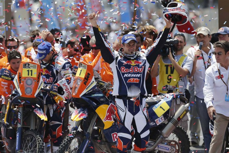 France's Cyril Despres celebrates after winning the fifth South American edition of the Dakar rally 2013 in Santiago, January 20, 2013. (Ivan Alvarado/Reuters)