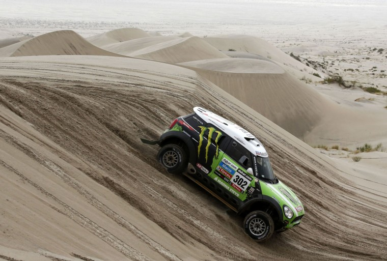 France's Stephane Peterhansel and co-pilot Jean-Paul Cottret compete with their Mini during the 11th stage of the Dakar Rally 2013 from La Rioja to Fiambala, January 16, 2013. (Jacky Naegelen/Reuters)