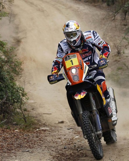 France's Cyril Despres rides his KTM during the 14th stage of the Dakar Rally 2013 from La Serena to Santiago, January 19, 2013. (Eliseo Fernandez/Reuters)