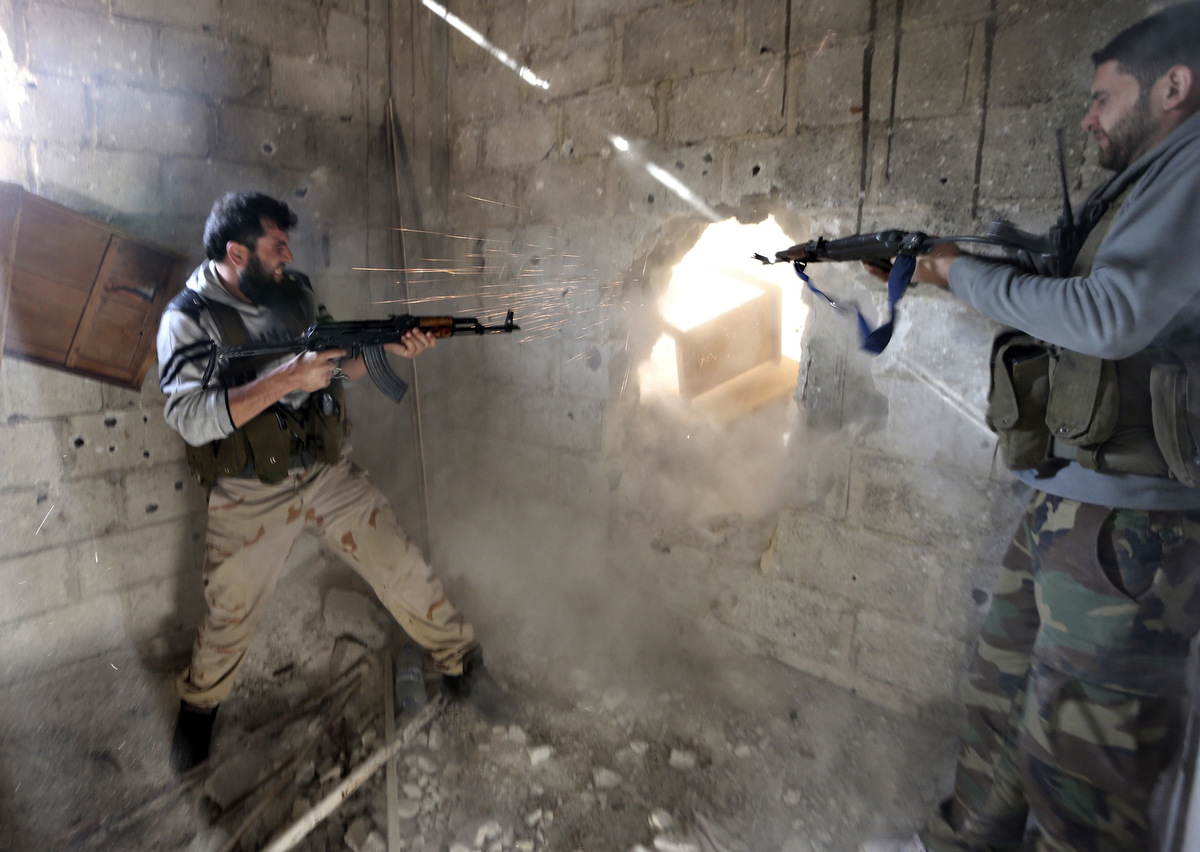 Crisis in Syria: Violence continues between rebels and Syrian government forces [GRAPHIC CONTENT]