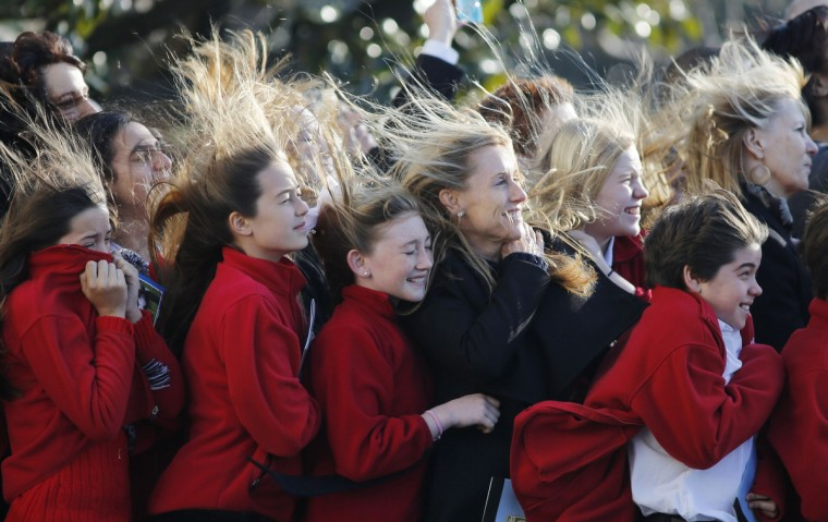 Sixth grade students from the Park Maitland School in Maitland, Florida, watch as Marine One carrying U.S. President Barack Obama takes off from the South Lawn at the White House in Washington as he departs for Las Vegas. (Larry Downing/Reuters)
