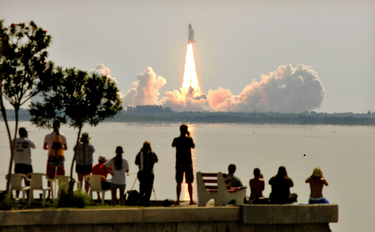 space shuttle discovery launch 2005 - photo #32