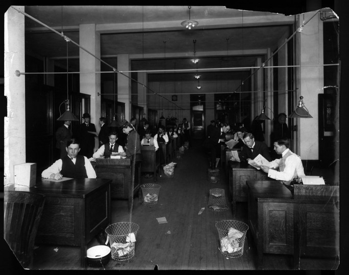 A look at the Reportorial and Editorial Departments of The Sun in 1908 at Sunpapers building on Old Charles and Baltimore Sts. (Photographer unknown)
