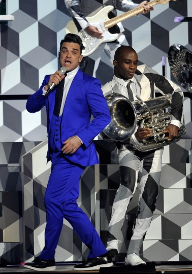 Robbie Williams performs on stage during the Brit Awards 2013 at the 02 Arena. (Matt Kent/Getty Images)