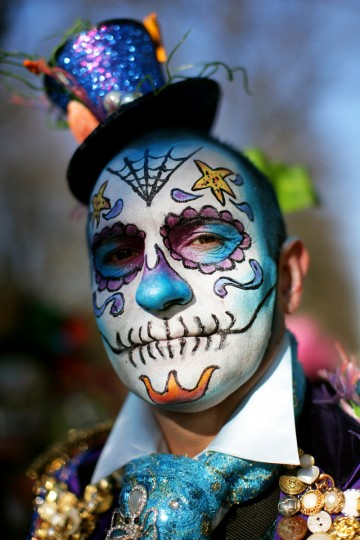 A man wearing a costume attends a carnival on the Koenigsallee boulevard in Duesseldorf, on February 2013. (Rolf Vennenbernd/Getty Images )