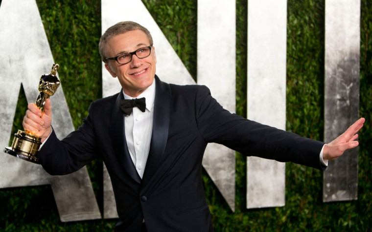 Christoph Waltz poses with his Oscar for best supporting actor after arriving for the 2013 Vanity Fair Oscar Party on February 24, 2013 in Hollywood, California. (Adrian Sanchez-Gonzalez/Getty Images)