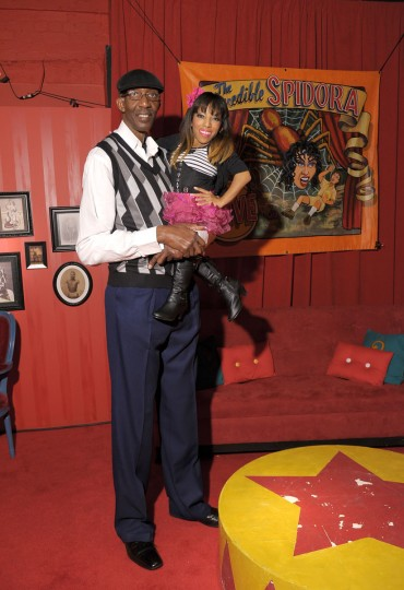 George Bell and 'Amazing Ali' Chapman attend Immortal Love Pop-up Experience - Freakshow & Immortalized on February 7, 2013 in New York City. (Michael Loccisano/Getty Images for AMC)