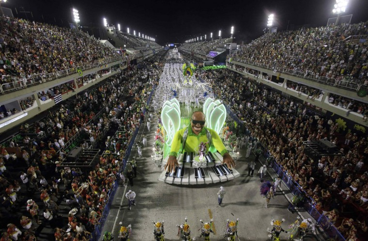 Revellers of Mocidade Independente samba school participate in the annual Carnival parade in Rio de Janeiro's Sambadrome, February 11, 2013. (Ricardo Moraes/Reuters)