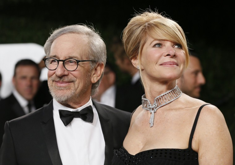 Director Steven Spielberg and wife Kate Capshaw attend the 2013 Vanity Fair Oscars Party in West Hollywood, California February 25, 2013. (Danny Moloshok /Reuters photo)