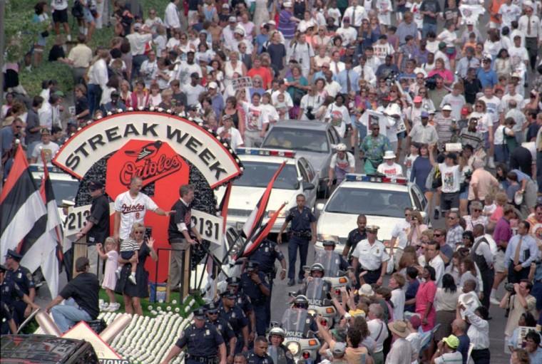 Sept. 7, 1995 — Fans turnout to celebrate Cal Ripken Jr. during a parade in downtown Baltimore. (Lloyd Fox/Baltimore Sun)