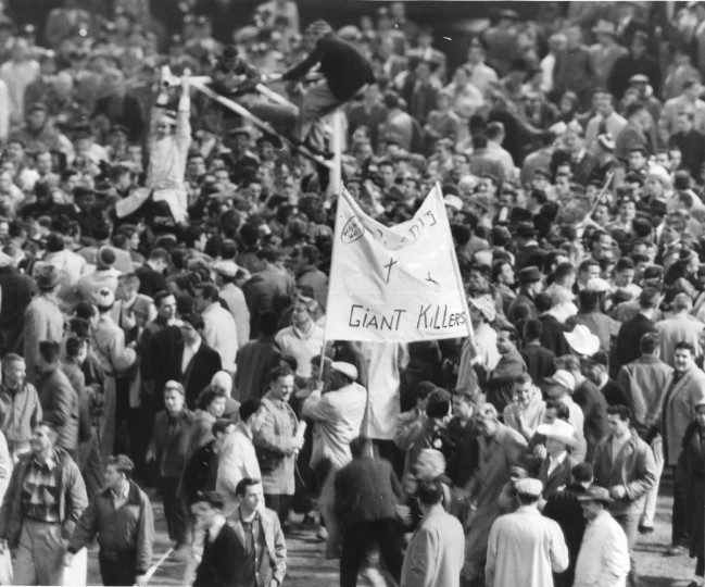 Dec. 27, 1959 — Colts fans at the 1959 Championship. (Walter McCardell/Baltimore Sun)