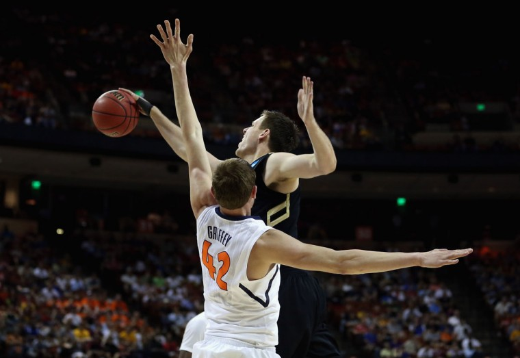 Colorado's Shane Harris-Tunks battles with Illinois' Tyler Griffey during the second round of the 2013 NCAA Men's Basketball Tournament on March 22, 2013 in Austin, Texas. (Ronald Martinez/Getty Images)