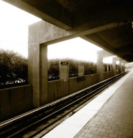 7 a.m.: Owings Mills Metro Station at dawn. (Photo by chrisste1)