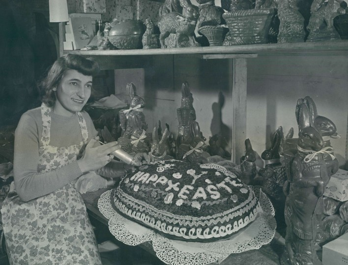 Bebbe George decorates a 75-pound Easter egg in 1948. (A Aurbey Bodine, The Baltimore Sun)