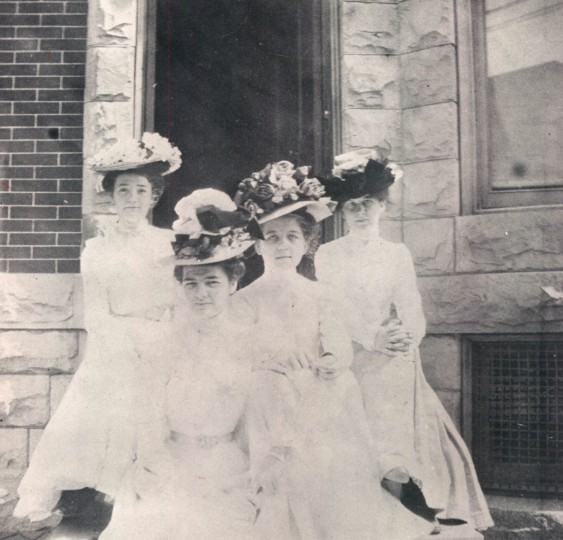 Women model their Easter finest in Baltimore in 1909. (Baltimore Sun File Photo)