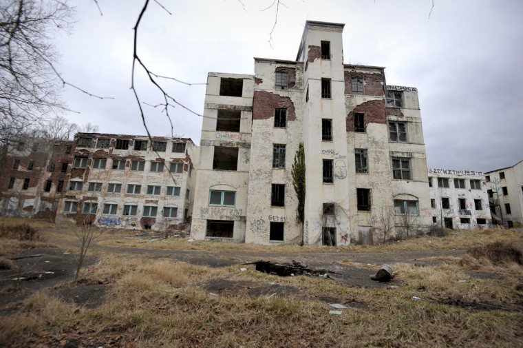 A view of the rear of the main building in the Henryton complex. Originally built in 1922 as a sanitarium for African-Americans with tuberculosis, it was employed four decades later as a facility for developmentally disabled adults. Closed since 1985, there've been 70 fires there over the past decade and other acts of vandalism. The abandoned buildings are slated for demolition, but no date is set. (Kim Hairston/Baltimore Sun)