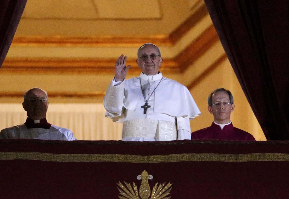 Argentine cardinal elected as new pope, named Pope Francis