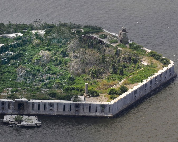 Fort Carroll in 2009. (Lloyd Fox, The Baltimore Sun)