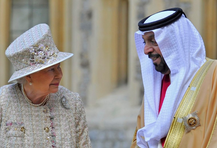 Queen Elizabeth II speaks with President of the United Arab Emirates, His Highness Sheikh Khalifa bin Zayed Al Nahyan during a ceremonial welcome in the quadrangle of Windsor Castle. President Sheikh Khalifa begins a State visit to the UK today, the first for a UEA President in 24 years. Sheikh Khalifa will meet the British Prime Minister David Cameron tomorrow at his Downing Street residence. (Toby Melville/Getty Images)