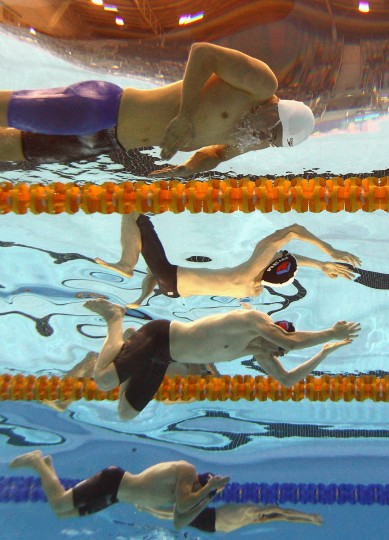 Lennard Bremer and Jeremy Meyer of Australia competes in the Men's 200 Metre Breaststroke during day five of the Australian Swimming Championships at SA Aquatic and Leisure Centre in Adelaide, Australia. (Quinn Rooney/Getty Images)
