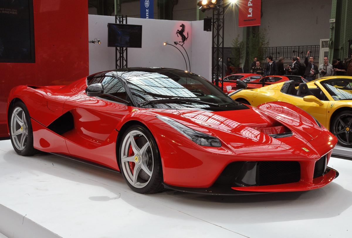 Ferrari Hybrid Makes A Stop In Paris