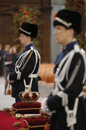 The crown, scepter, globus cruciger and sword of state of the Netherlands are displayed before the inauguration of HM King Willem-Alexander of the Netherlands and HRH Princess Beatrix of the Netherlands at New Church on April 30, 2013 in Amsterdam. (Peter Dejong-Pool/Getty Images)