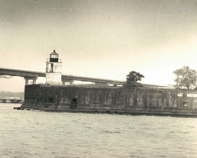 Fort Carroll in 1976. (Baltimore Sun File Photo)