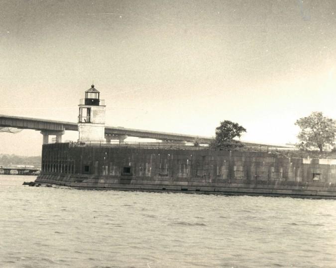 Fort Carroll in 1976. (Baltimore Sun File Photo)